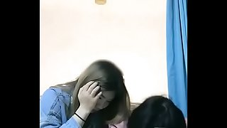 国内迷奸灌醉美女学生 需要更多精准完整系列联系 微信:cy0000066