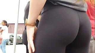 Tight Teen Ass In Lulu