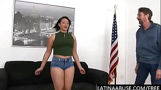 Chubby Latina fights to deep-throat